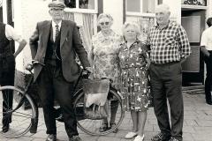 Fotoalbum Yda Terwisscha van Scheltinga, 01 Auke Hettes de Vries, Renske v.d. Baan, Hessel en Pjirkje Bouma.