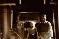 Fotoalbum Frits Hoekstra, 116, PICT0185 Alberda met zijn zoon.