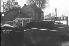 Fotoalbum Frits Hoekstra, 141, PICT0160 Schepen van de fam. Hoekstra