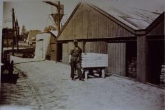 Fotoalbum Frits Hoekstra, 155, PICT0146 opslag loodsen van de oude timmerfabriek.