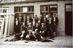 Fotoalbum Frits Hoekstra, 249, PICT0031 Personeel van de timmerfabriek