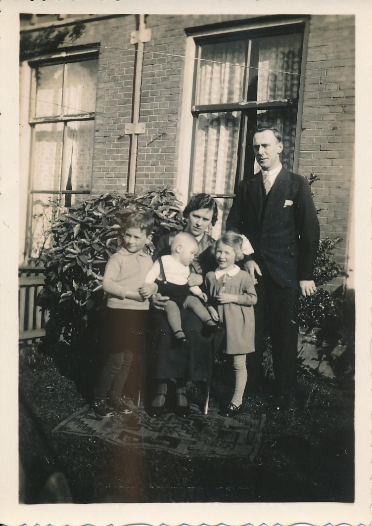 Fotoalbum Andre Kamsma, 013, Peaske 1936, Fam. Kamsma