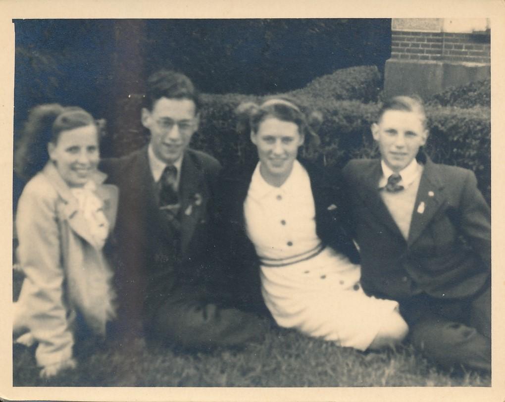 Fotoalbum Andre Kamsma, 056, merke en jubileum 1948, , Andre, Julia Kamsma, Meine Boersma