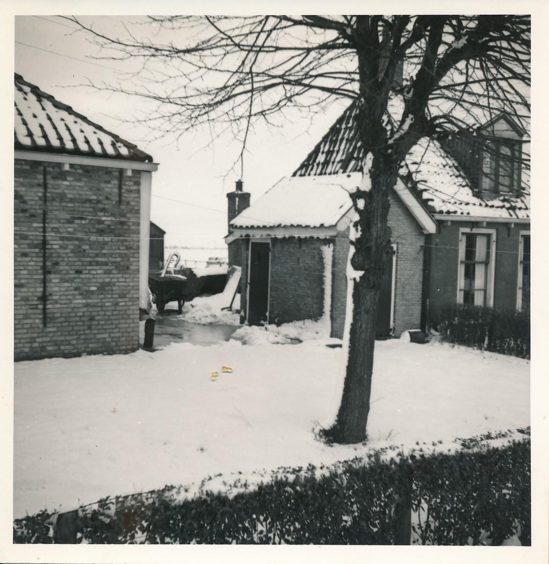 Fotoalbum Andre Kamsma, 068, Dilledyk, hûs fan Hieke Kamsma, 1955-1956