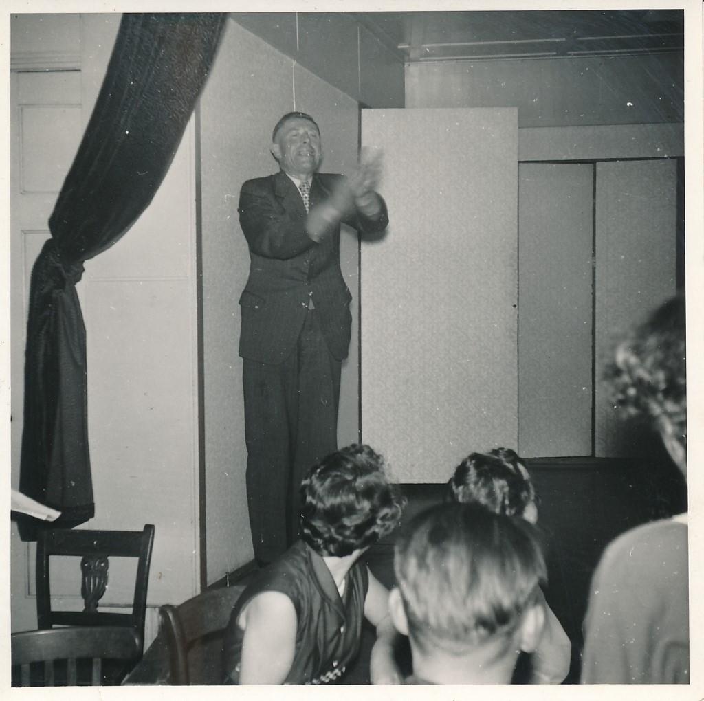 Fotoalbum Andre Kamsma, 081, Houliksfeest fan Hendrine en Frank Monkelbaan, maaie 1957, Nolders Schaafsma