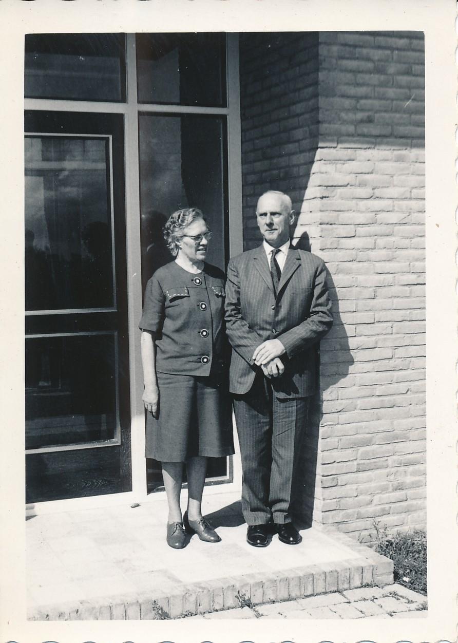 Fotoalbum Andre Kamsma, 090, Foar de yngong van de fabryk Easterwierrum, jier 1958, Jubileum, Bauke en Anna Kamsma
