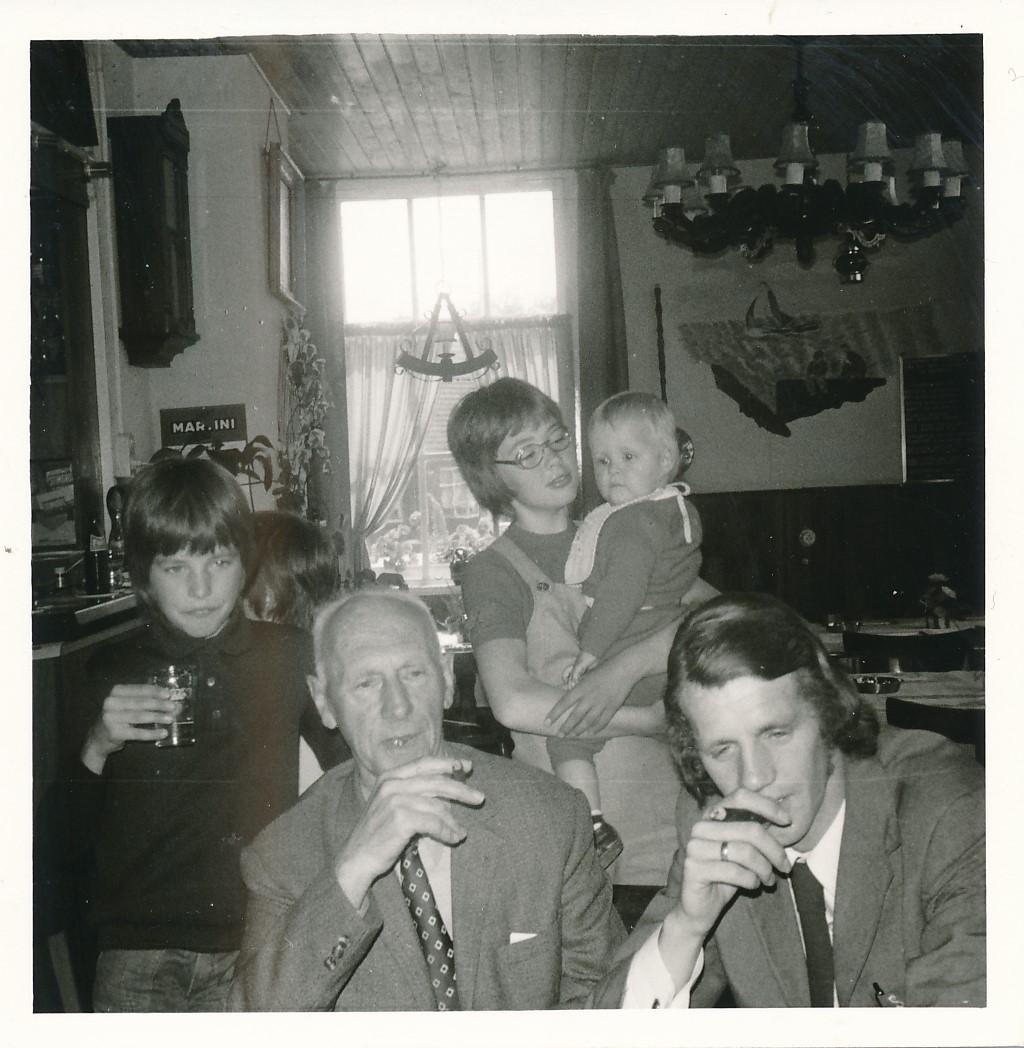 Fotoalbum Andre Kamsma, 099, 1973, Bauke en Anna Kamsma-Tekstra, 45 jier trouwt
