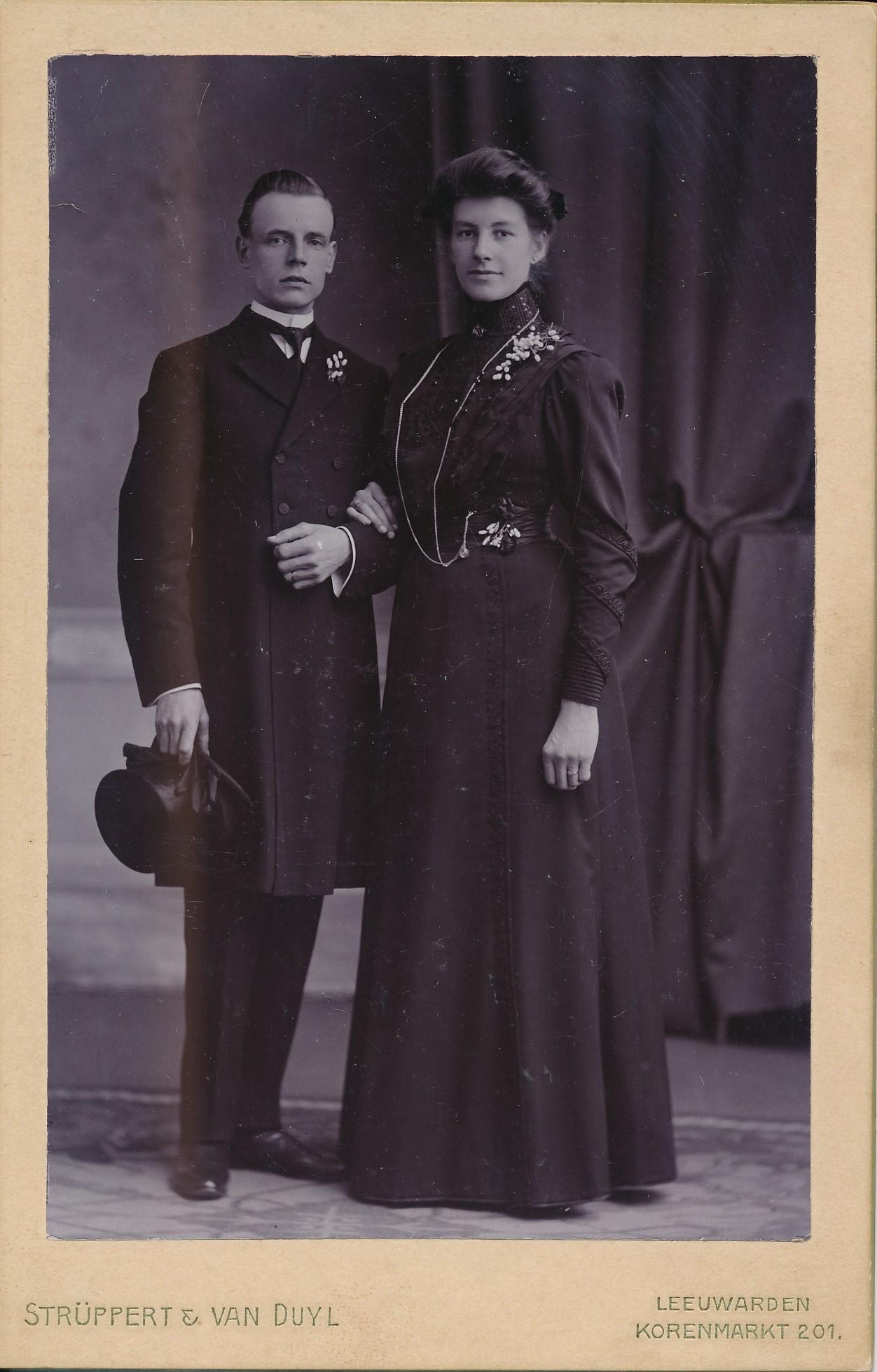 Fotoalbum Andre Kamsma, 117, Jacobus Andries Kamsma (06-09-1883 - 23-09-1950), mei Johanna Maria Visser, 26-11-1910,