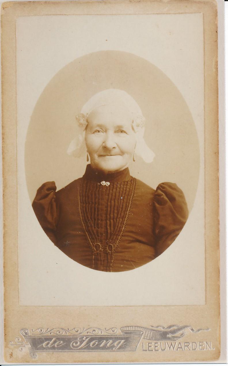 Fotoalbum Andre Kamsma, 121, Sjoukje Johannes Palstra-Nijholt, (07-02-1830 tot 06-02-1920) frou fan Bauke Lieuwes Palstra