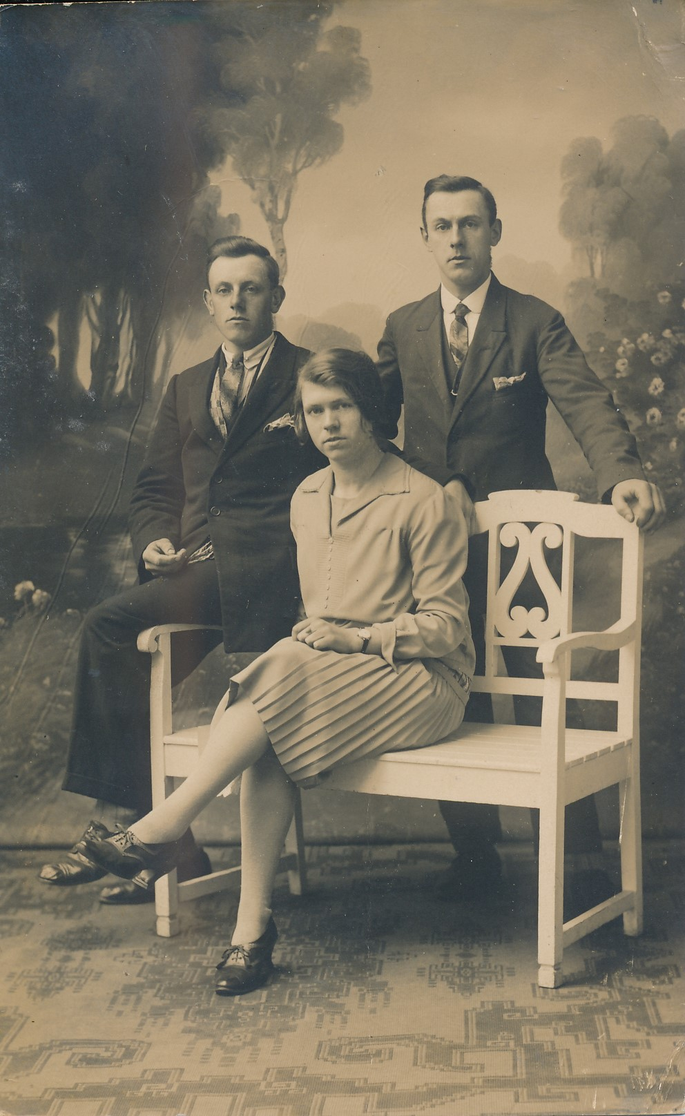 Fotoalbum Andre Kamsma, 123, Minicus, Bauke en Hieke Kamsma, bern fan Ardries Jacobus Kamsma en Riemke Baukes Kamsma-Palstra, 1926