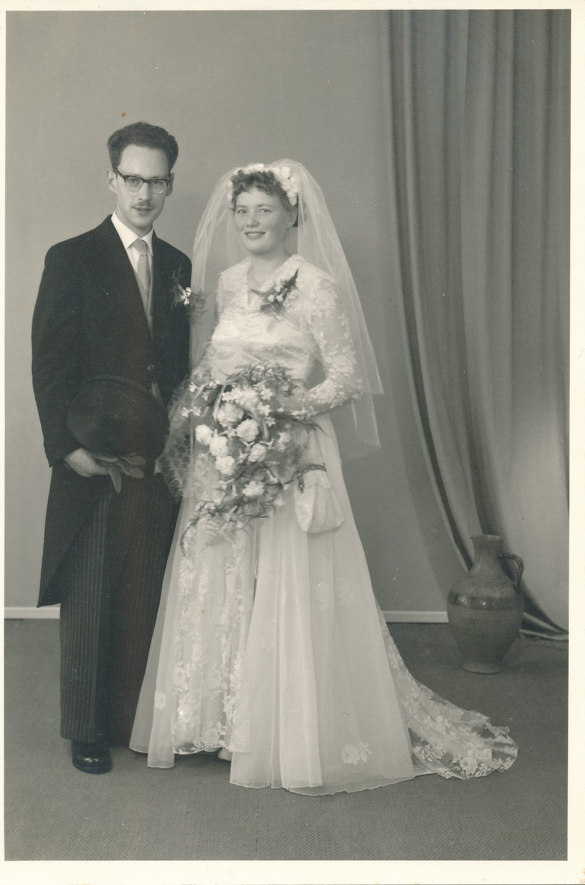 Fotoalbum Andre Kamsma, 135, Houlik Andre Kamsma en Hilly Visser, 27-07-1957