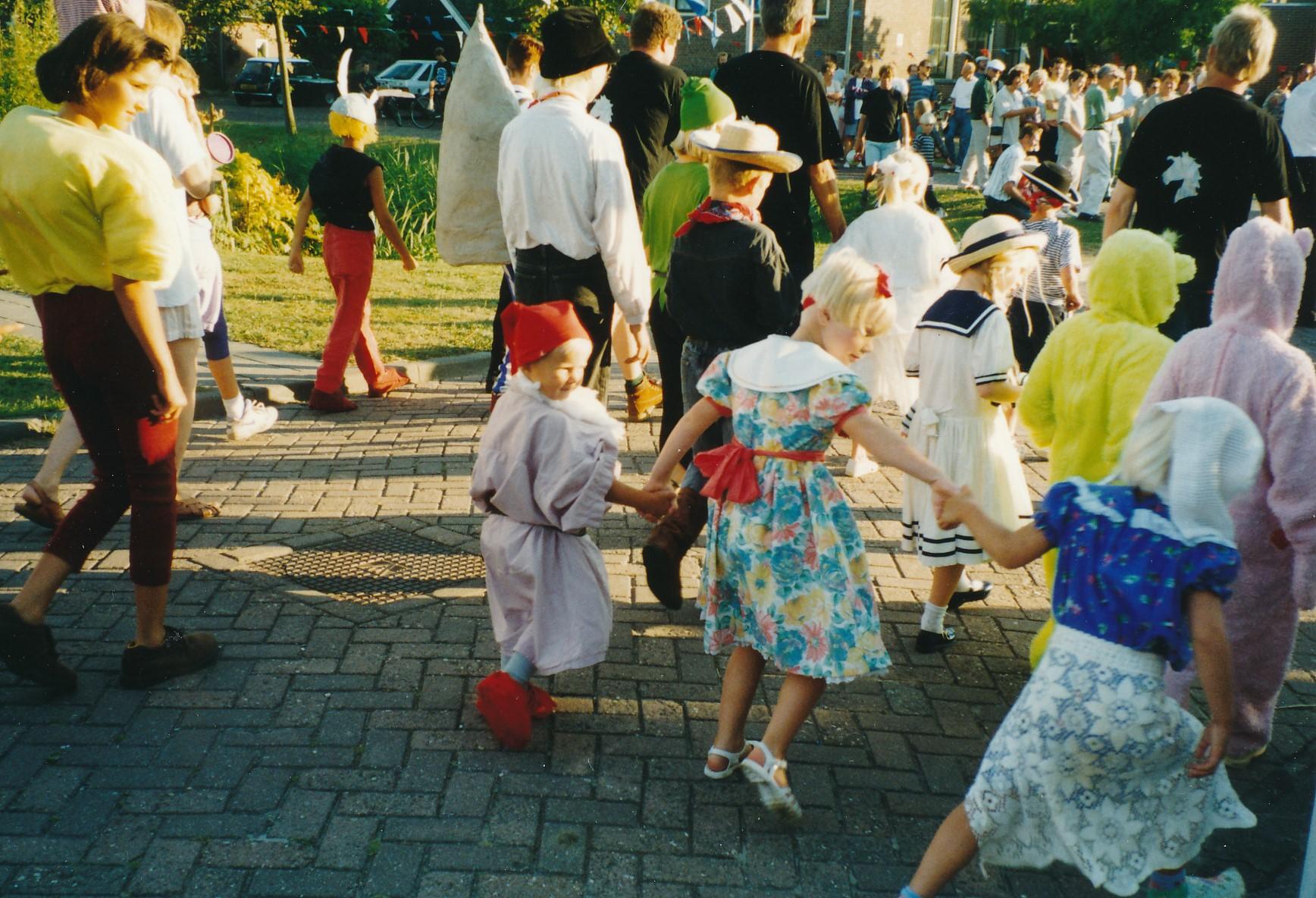 Fotoalbum Anneke Miedema, 006, Merke 1998, augustus, Sape en Jitkse, Amerins Brandenburgh