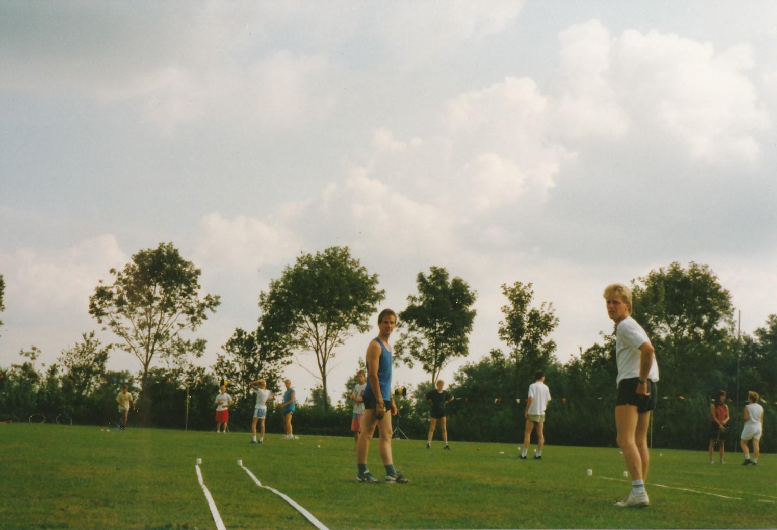Fotoalbum Anneke Miedema, 022, Cor Miedema en Ger Boersma oan it keatsen, Merke 1991