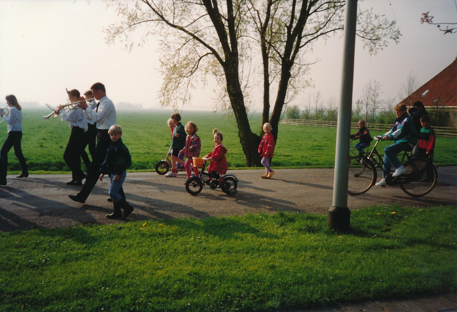 Fotoalbum Anneke Miedema, 044, Iepening klok Ald Toer, 1994