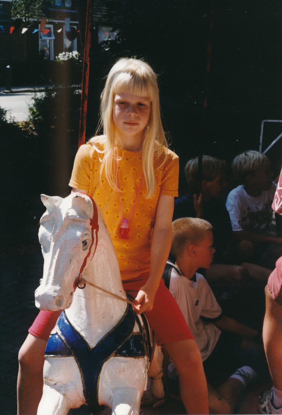 Fotoalbum Anneke Miedema, 061, Jitske, merke 1998, augustus
