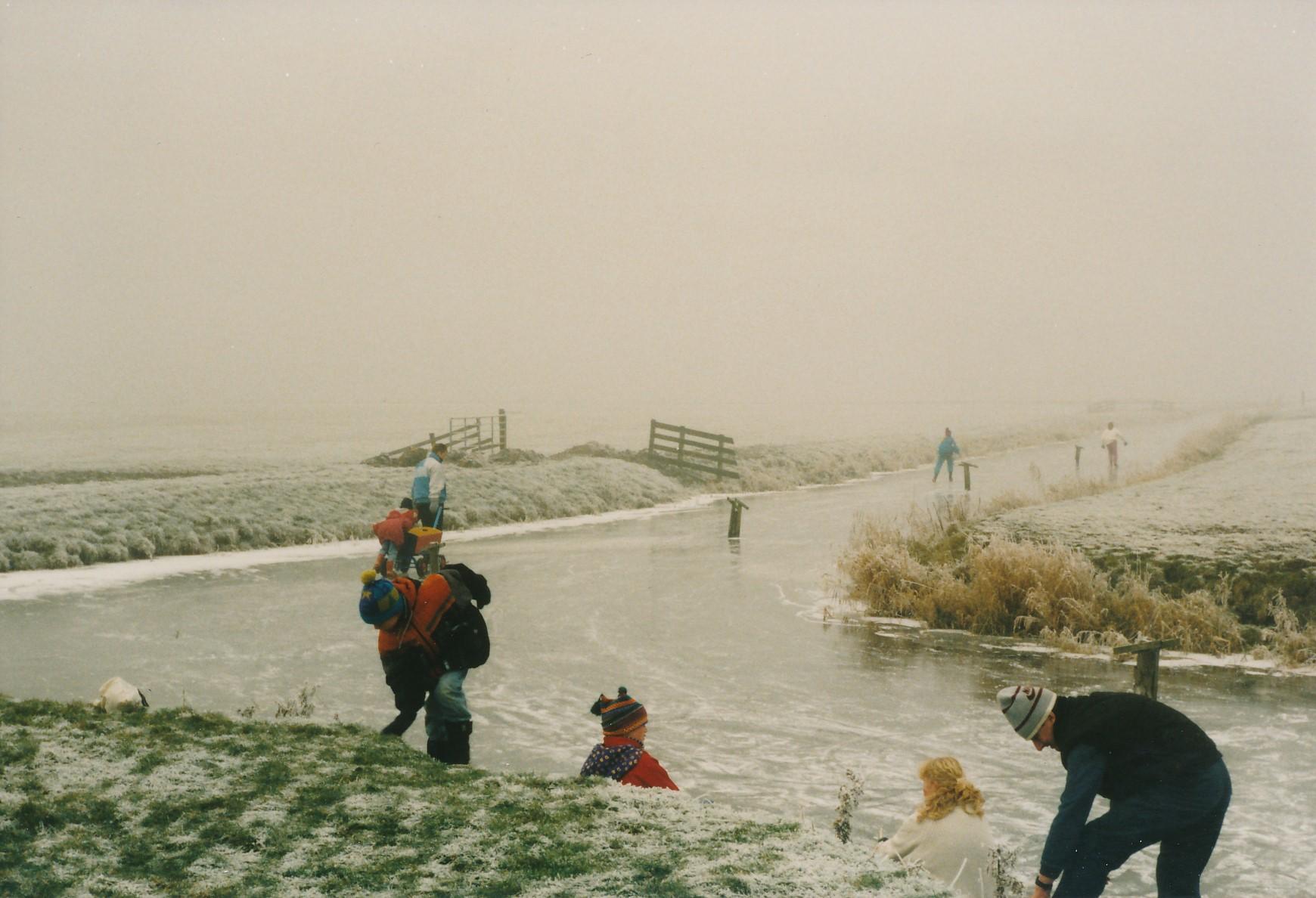 Fotoalbum Anneke Miedema, 115, Reedriden op de Easterwierrumer Ald Feart, februari 1996
