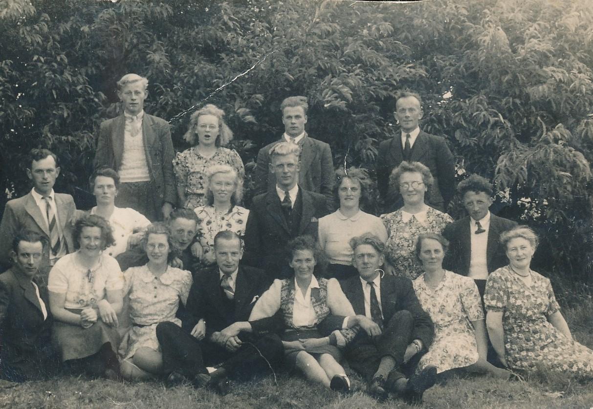 Fotoalbum Eddie Groen, 002, Reiske, u.o. Wokke Bijlsma, Siebren Sypersma,