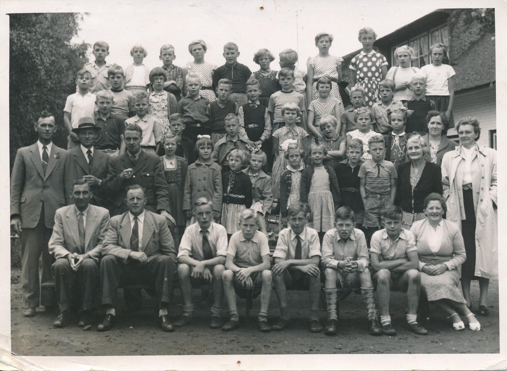 Fotoalbum Eddie Groen, 017, Skoalfoto 1955