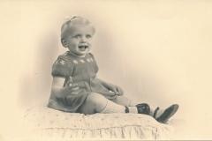 Fotoalbum-Gjetsje-Meintema-Coenraads-008-Stien-tje-Meintema-4-july-1952