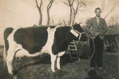 Fotoalbum-Gjetsje-Meintema-Coenraads-009-Bontje-Bonne-Doeke-Meintema-runom-1940-1925-27-10-1962-a