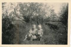 Fotoalbum-Gjetsje-Meintema-Coenraads-018-Stien-Gryt-en-Gjetsje-Meintema-1956