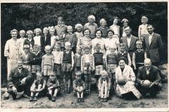 Fotoalbum-Gjetsje-Meintema-Coenraads-022-u.o.-mei-bal-Juf-Dantuma