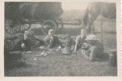Fotoalbum-Gjetje-Wondaal-Hoekstra-001-Ungetiid-1944