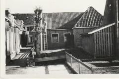 Fotoalbum-Fam.-Hoekstra-003-âld-bakkery-links-yn-e-steech