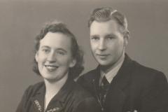 Fotoalbum-Fam.-Hoekstra-005-Anne-Hoekstra-Lautenbach-en-Marten-Hoekstra-broer-Freddie-Hoekstra