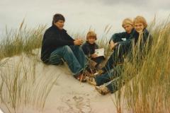 Fotoalbum-Fam.-Hoekstra-112-Marie-Hoekstra-mei-soan-Jelle-Frits-en-Jaap