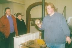 Fotoalbum Jan en Marja Schotanus, 033, Pleatsing en restauraasje klokken âld Toer, Rennie en Rintsje de Schiffart