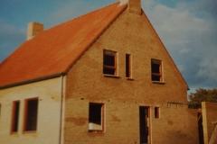 Fotoalbum Piet van der Meer 01, Bouw huizen premie A woningen aan de Skuorrehofwei, 1982