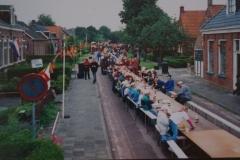 Fotoalbum Piet van der Meer 23, Pannekoek ite op de Doarpsstrjitte, jier net bekend