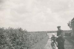 Fotoalbum Sytse Alberda, 039, Sytse Alberda by pake op de fiets