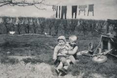 Fotoalbum Sytse Alberda, 057, Sytse en suske