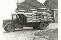 Fotoalbum Sytse Alberda, 133, frachtwein fan fam. Alberda, op de Dille 2, 29-05-1969