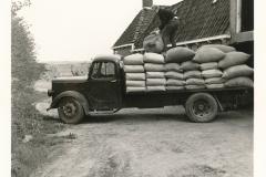 Fotoalbum Sytse Alberda, 141, frachtwein fan fam. Alberda, 29-05-1969