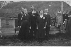 Digelum, Fenna, onbekend, Julia en Age 21-5-1941.jpg