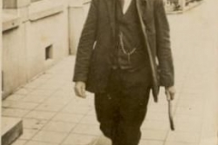 Dingelum op weg naar de veemarkt 1935.jpg