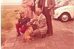 Fotoalbum Jan en Elske, 006, 81 Piet en Liesbeth, Evert en Sjieuwke en Ada Boersma