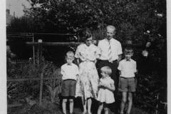 Fotoalbum Jan en Elske, 012, 78a Piet en Liesbeth en bern.2