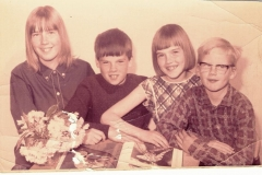Fotoalbum Jan en Elske, 041, 54b Fenna, Dinnie, Wieke en Jan Boersma