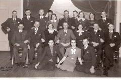 Fotoalbum Jan en Elske, 071, 30 dûnsklub 1939 Broer, Oeke, Evert en Sjieuwke