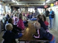 23062015 - Kinderen Folefinne naar het boekenhuisje (13)